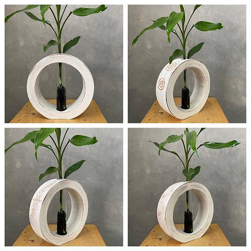 """8""""Mango wood vase whitewash  bc"""
