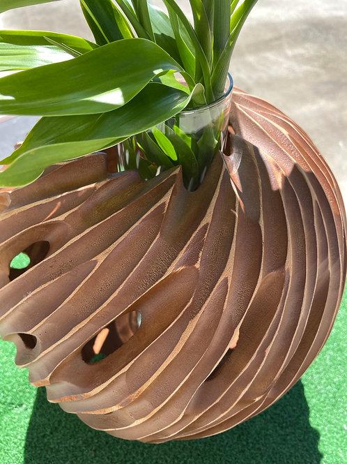 Mango wood vase with glass tube insert