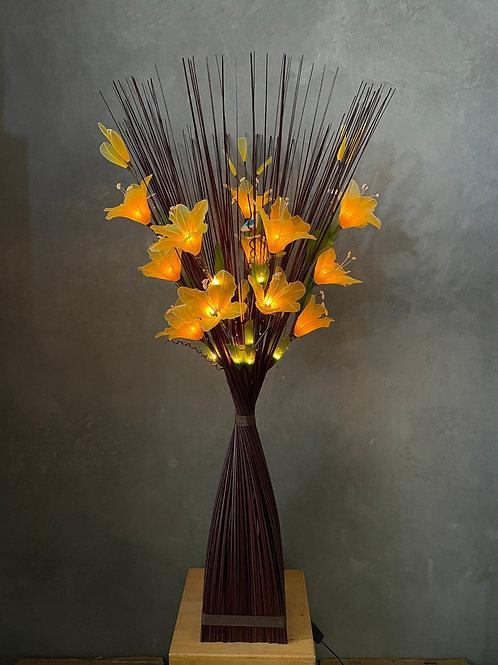 Sq brown  - yellow  lily bird light