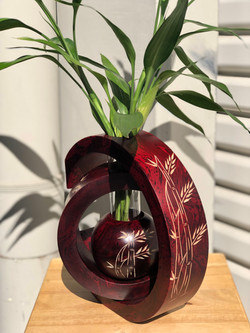 C ball red tiger bamboo tree