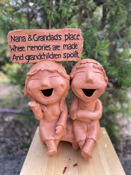 Terracotta head sign Grandparents