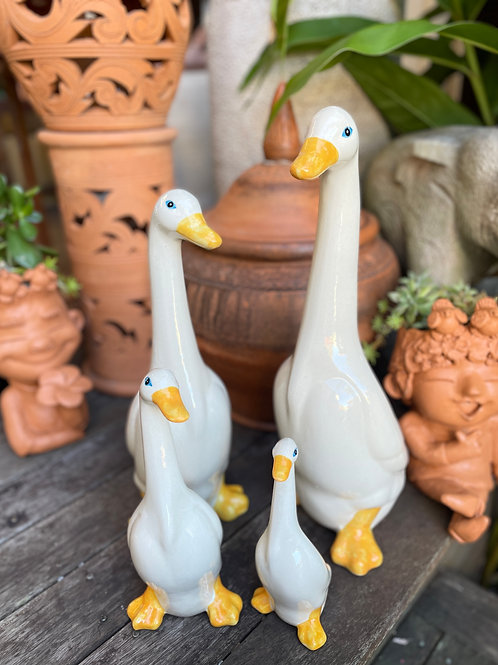 Ceramic geese family of 4