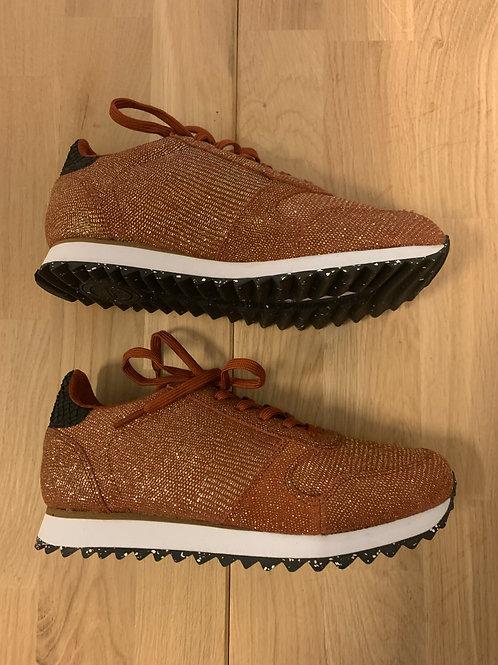 0407 Roestbruine sneaker Woden