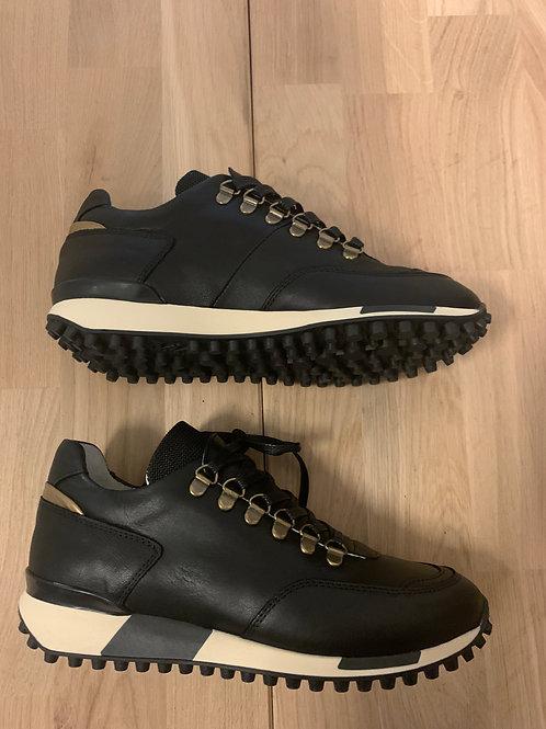 0111 Zwartleren sneaker ViaVai
