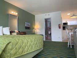 B unit bedroom 3
