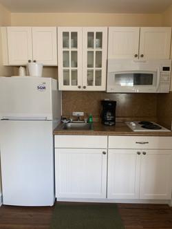 E unit kitchen