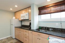 rm-114-2-bedroom-2-bath-suite--v12757390-2000