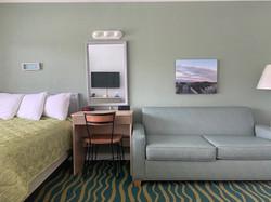 B unit bedroom 6
