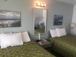 A unit bedroom 3