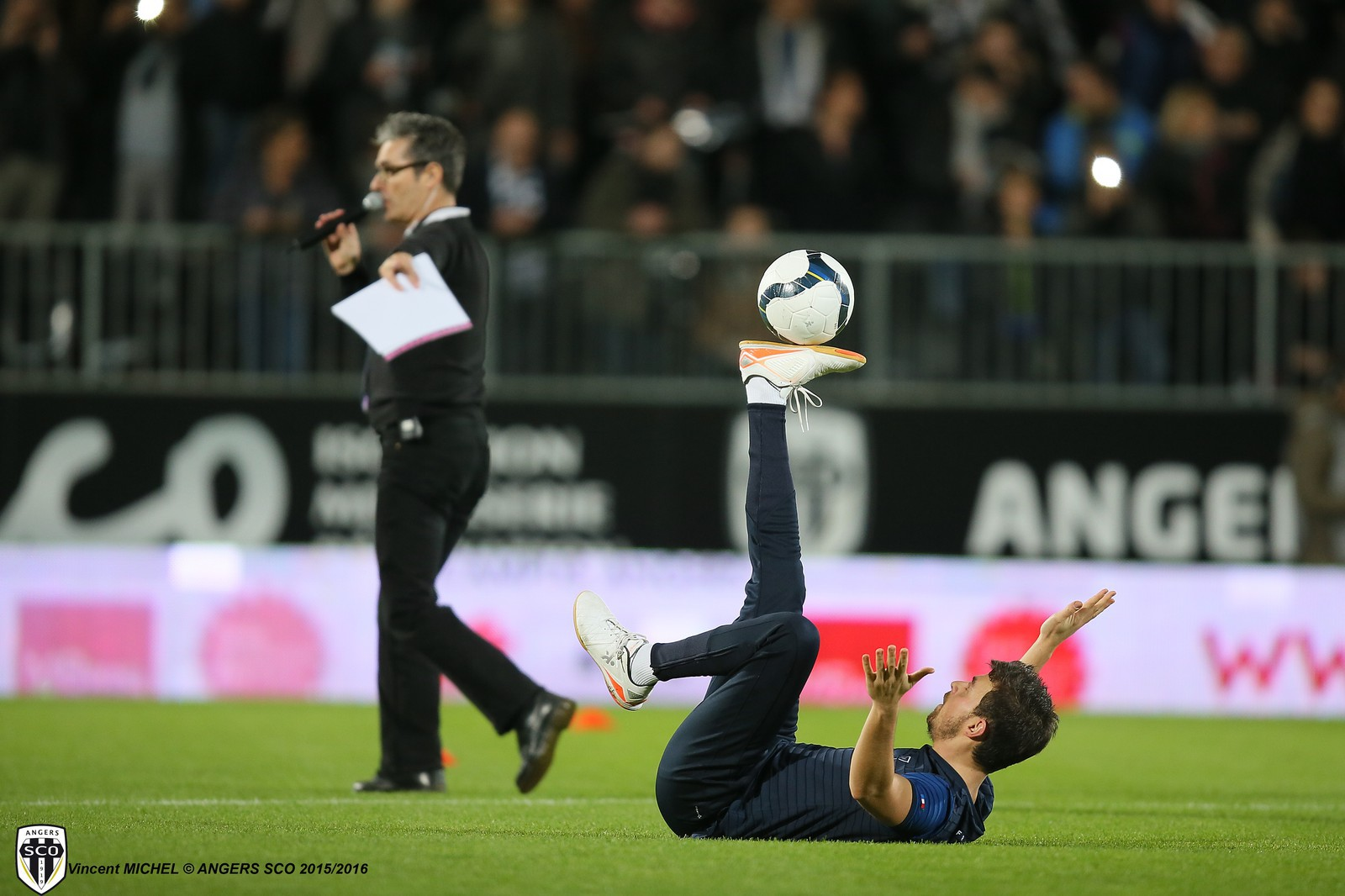Angers SCO PSG Paris Saint Germain Ibrahimovic Lucas Matuidi joueur footballeur freestyle foot stree