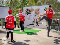 stade animation démonstration spectacle football foot freestyle jongle jonglage artiste ballon frees
