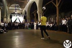 Corentin Baron Paris Euro 2016 Freestyle Football show spectacle animation jongleur jonglage profess
