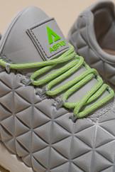 カラー:グレー×グリーン    アッパー:合成繊維+レザー ソール:合成底 ヒール:3cm 生産国:中国         色違いのカラーはこちらから  SPEED SOCKS LUNAR GREEN