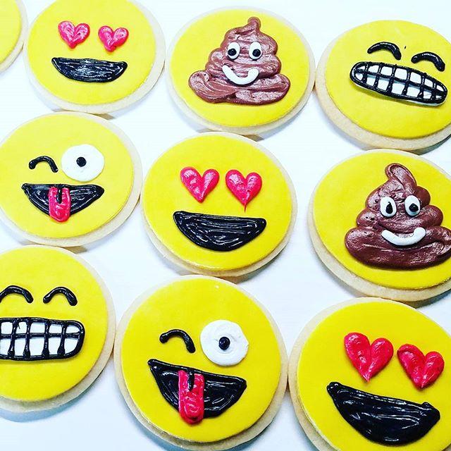 Emoji cookies! 😁😎😍😜💩