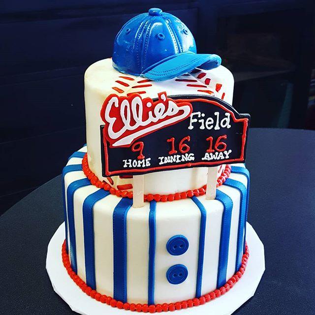 Baseball Birthday Cake #fondant #ediblea