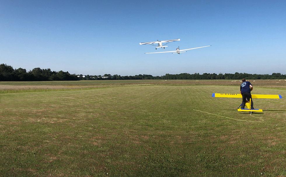 Flugplatz-Neumünster-Modellflug1.jpg