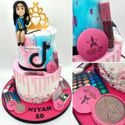 Tik Tok makeup fashionBirthday Cake, Leeds, Yorkshire, HD Cakes