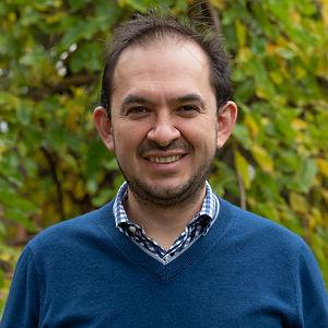 Dr Jose Penate