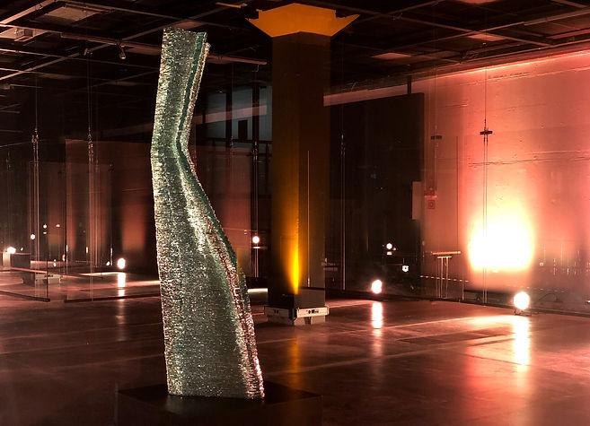 Glass sculpture_monumental glass artist