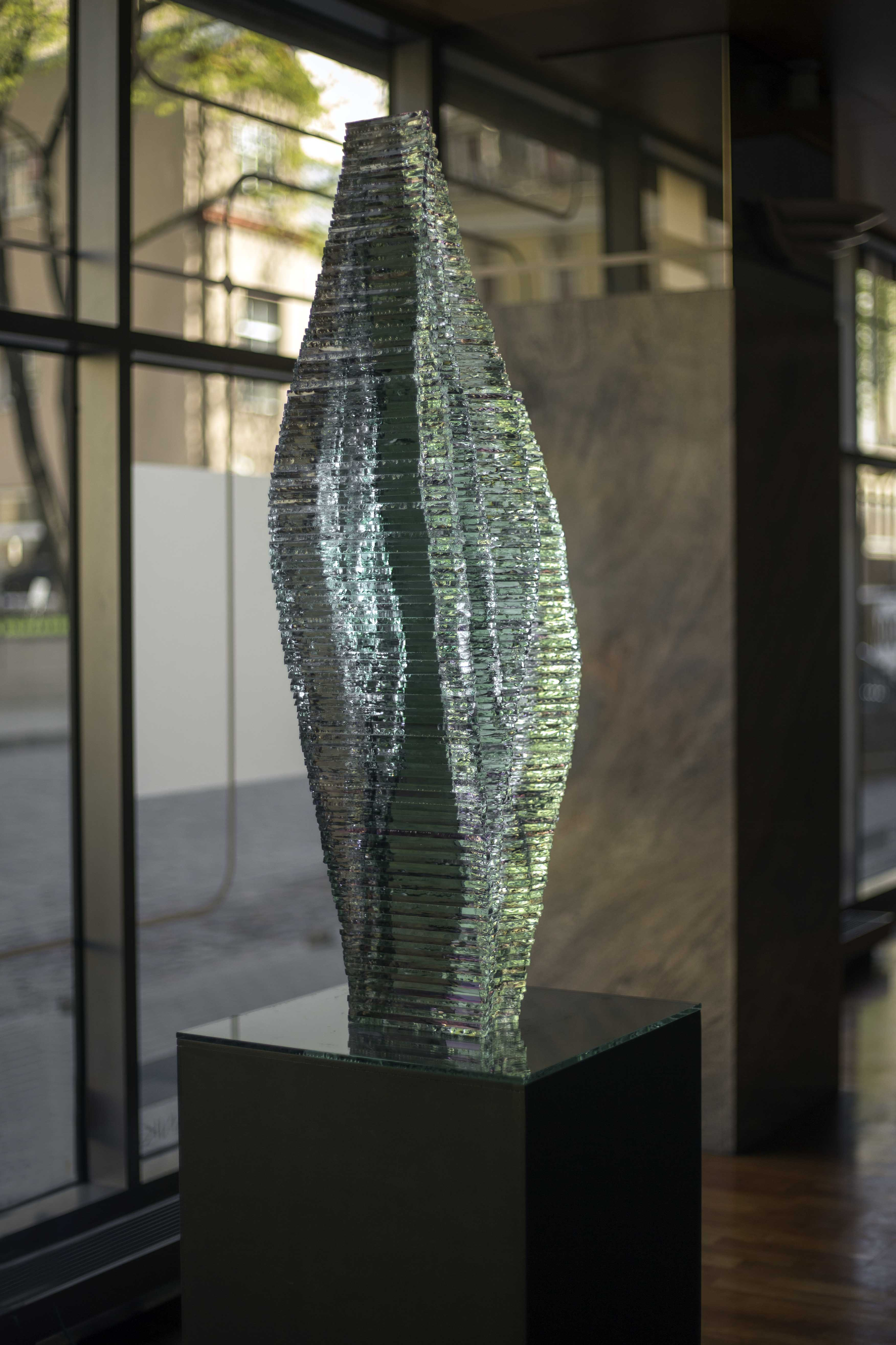 Layered selective Glass sculpture Caleo_Ernest Vitin