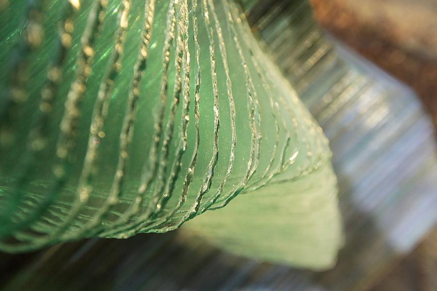 Post Procella details gold dust