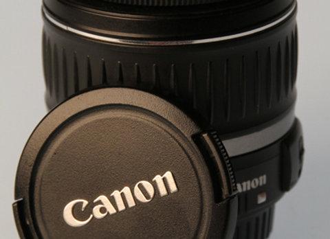 Canon Objektiv 18-55