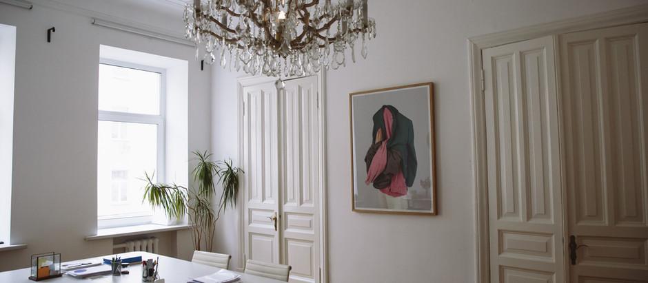 Escolha lustres para decorar seu lar