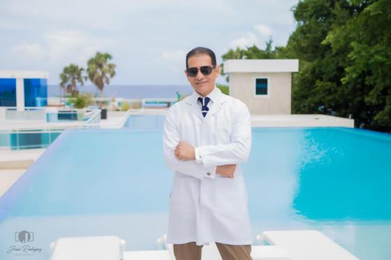Dr. Reyes