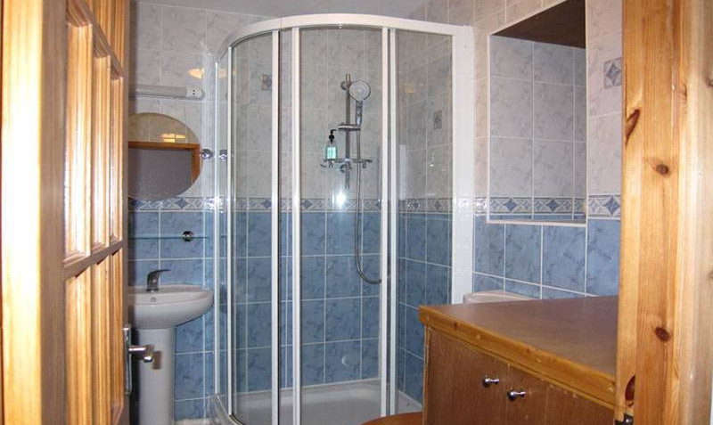 Your smart ensuite sshower room with electric shower