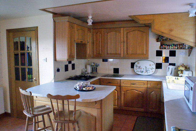Your modern fully-fitted kitchen