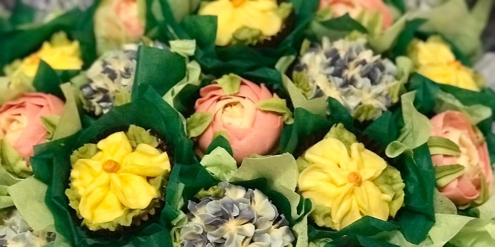 Beginning Beautiful Buttercream Bouquets  (2)