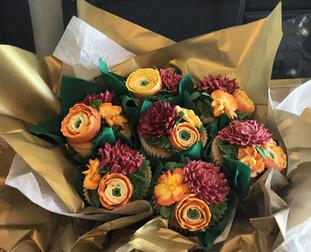 Delux, multi-bloom Dahlia & Ranunculi Bouquet