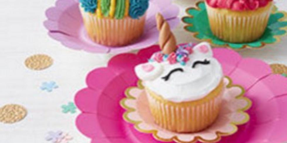 Kids cupcake mini-masterclass!