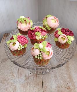 Large buttercream Bouquet Cupcakes