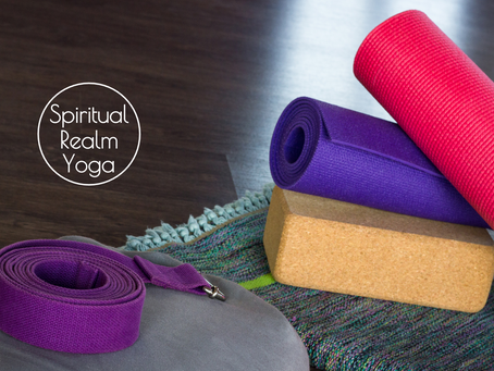 Differences and Similarities of Restorative Yoga and Yin Yoga