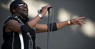 The Reggae legend Toots Hibbert dies at 77, while he was waiting for Covid-19 test results