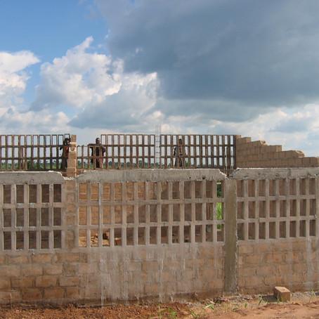 AFWERKING VAN EEN CULTURELE ZAAL IN KIKWIT RDC
