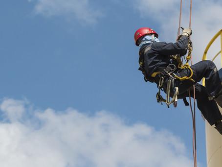 Quais são os principais EPI's para a realização do trabalho em altura?