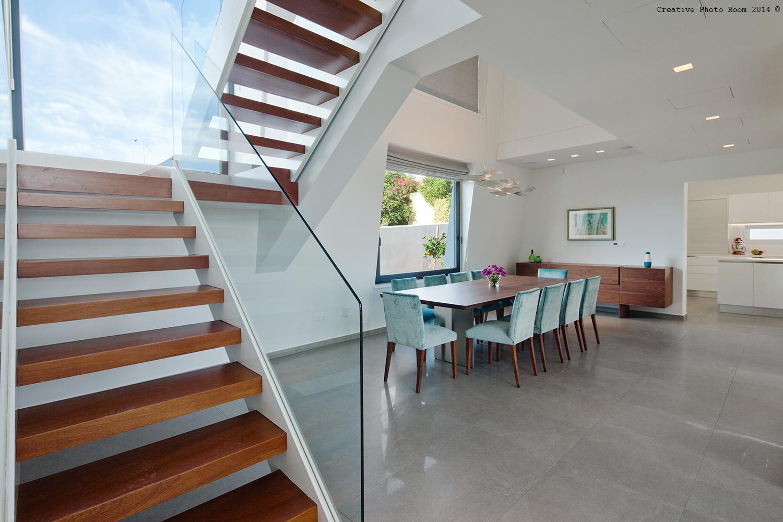 NE House