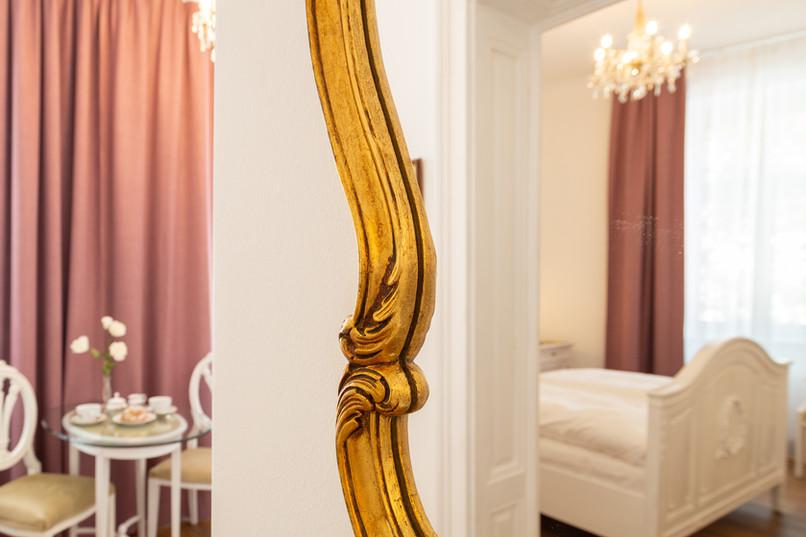 Spiegel - Detail, Heritage Boutique Apartment Sophie