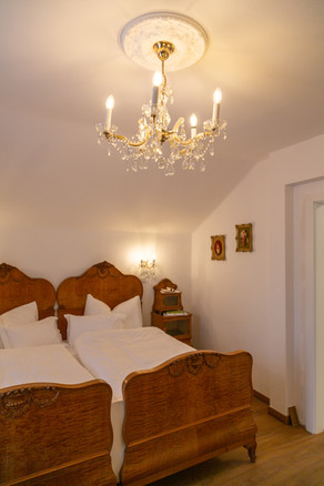 Luster im Schlafzimmer, Heritage Boutique Apartment Adele