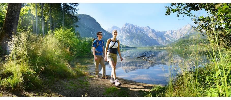 Wandern am Almsee © salzkammergut.at