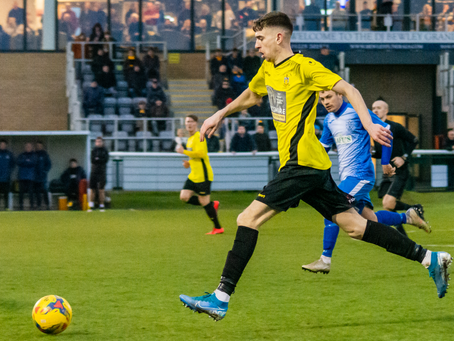 Albie Hopkins re-signs for the 20/21 season