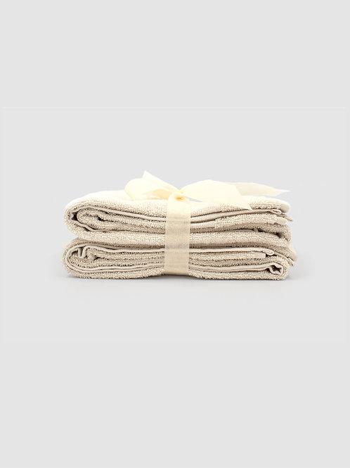 Set 2 Asciugamani ospite disponibile in 6 colori