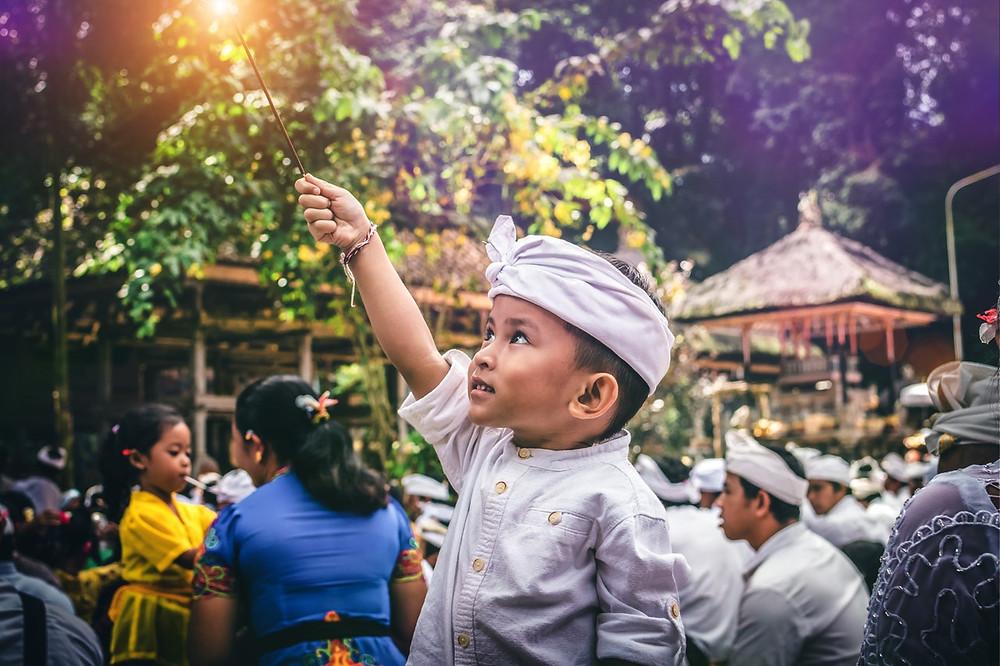 bali ubud market food children
