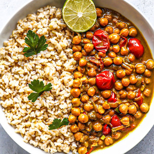 Spicy Chickpea & Tomato Curry