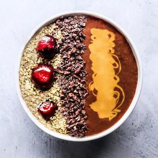 Choco-cherry Smoothie Bowl