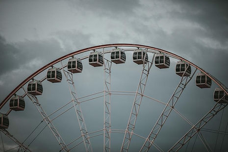 cloudy-ferris-wheel-ride.jpg