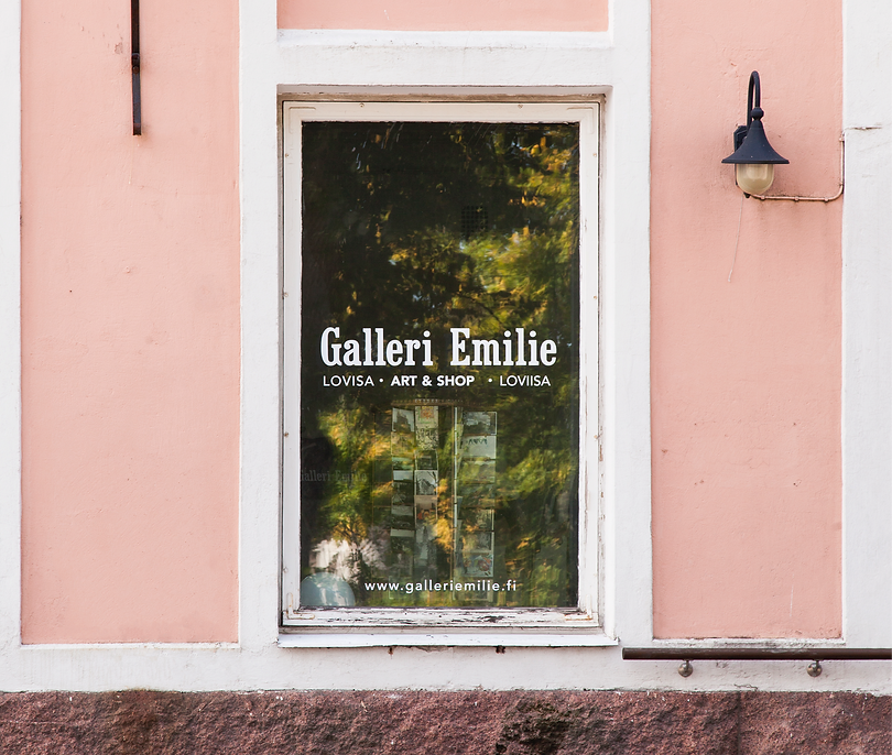 Galleri%20Emilie%207_edited.png