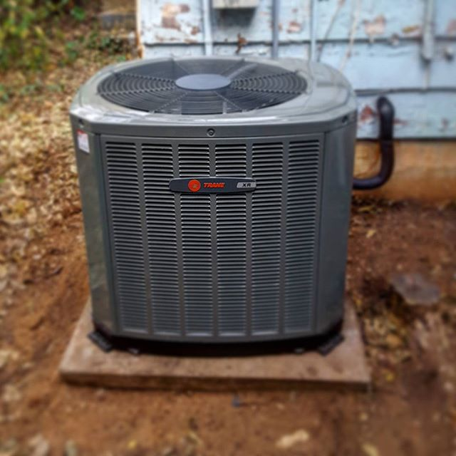 New 2.5 Ton XR14 SEER air conditioner all complete